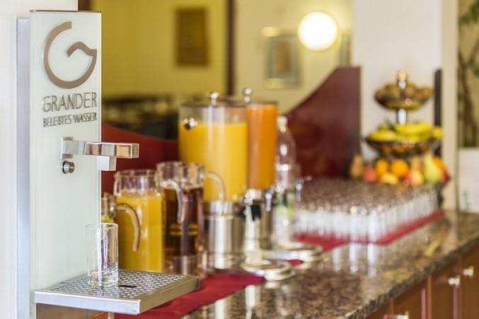 Enjoyment & Taste   Hospitality Industry / Spas / Sports / Health-Care Facilities